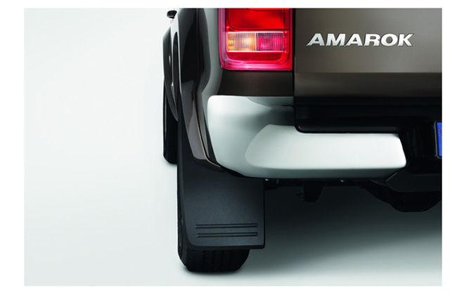 Original Volkswagen Satz Schmutzfänger vorn Amarok NEU